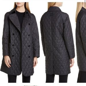 Burberry Double breasted Tything quilted coat